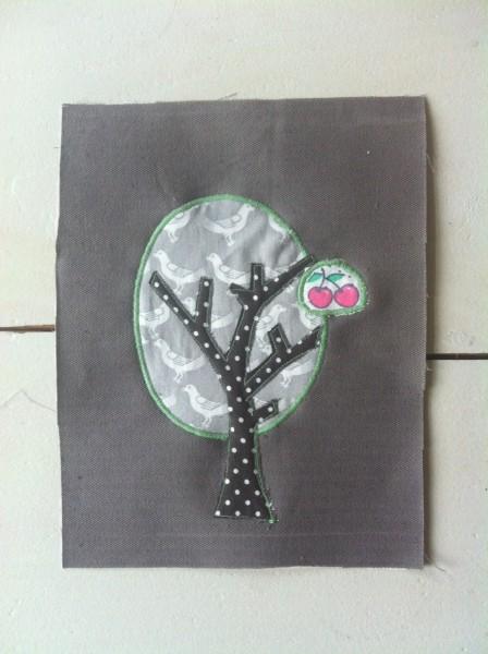 Vogel-Obst-Baum